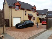 3 bed detached house with garage
