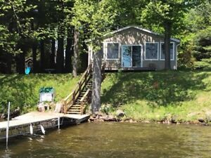 Weekly  Cottage Rental on Lower Beverley Lake in Delta, ON