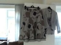 3 piece suit in mixed greys in linen size 10
