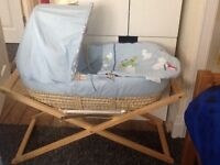 Moses basket and stand with matteress + 4 fitted sheets like new