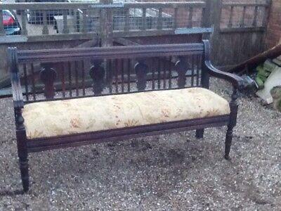 pew settle monks bench
