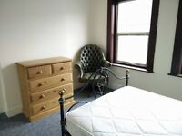 Double Bedroom Available to Rent to a Couple - in Reading - from Start of September