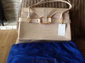 2 brand new handbags also brand new Hobbs shoes size first to see will buy .