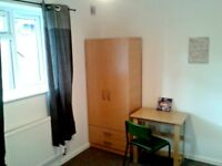 A lovely single room in clean shared house to rent in Luton