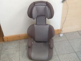 2 piece full highback booster car seat for 15kg upto 36kg(4yrs to 12yrs)lightweight,washed&cleaned