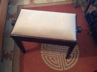 Piano Stall - Wooden - Soft Cushion - Adjustable height - Old style
