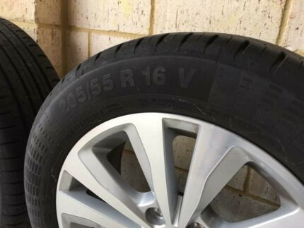 Volkswagen Wheels Tyres Rims Like New x4