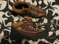 BROWN AND TAN HIKING / WALKING STYLE LACE UP BOOTS SIZE 5 BY MOUNTAIN
