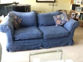 Sofa. Yours for nothing other than picking it up