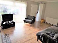 Three bedroom house for rent Woodley RG5 4EL