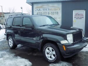 JEEP LIBERTY NORTH 2010***4X4,AUTOMATIQUE,MAGS***