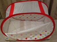 Koodi pop up travel cot