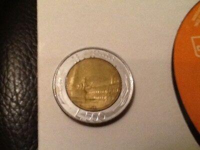 1983 500 Lire ITALY COIN ITALIA Piazza del Quirinale