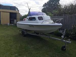 Huntercraft 4.8m (16ft) Half Cabin Boat Craigieburn Hume Area Preview