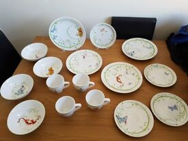 Winnie the Pooh 16 piece dinner set for sale