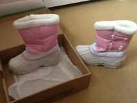 Pink & white snow boots size 2