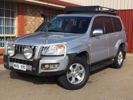2003 Toyota LandCruiser 4x4 SUV 8 Seater Automatic $14888 Mawson Lakes Salisbury Area Preview