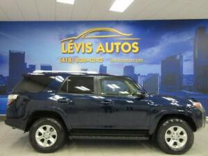 2017 Toyota 4Runner SR5 CUIR TOIT OUVRANT GPS 7 PASSAGERS