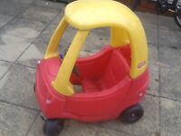 £15-Litte Tikes 2 in 1 convertible toy car -used outdoors ,no damage