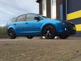 1.6LX Ford Focus with 19'ST SLLOYS