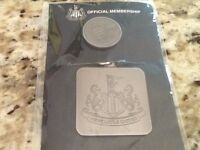 Official Newcastle United keyrings and pin badge