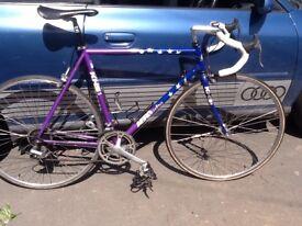 Large frame lightweight road bike KHS Aero Turbo 700c Wheels