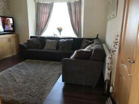Corner sofa & tub chair