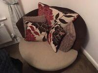 Cuddle swiffle sofa