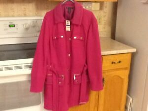New Ladies Jacket.  Size L-XL