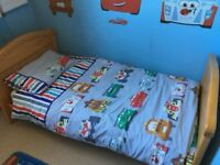 Disney Cars toddler duvet cover, pillowcase and lined curtains
