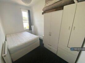 1 bedroom flat in Belgrave Road, Ilford, IG1 (1 bed) (#1135436)