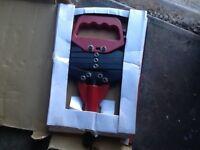 LAZY TOUNGE pop riveter ,
