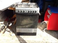 Electric oven with gas hob looks dirty just bin sat in my garage was my nans works perfect.