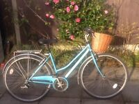 Vintage classic bike £60 no offers can deliver for petrol