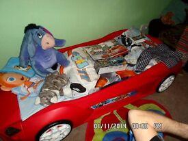 Macqueen car bed
