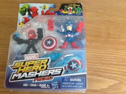 Marvel super hero mashers micro captain America vs iron skull