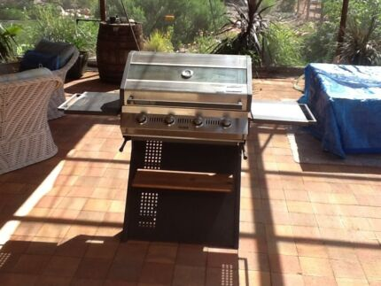 Grill'd. BBQ  4 burner inVG Condition.Plus 3 burner BBQ for free. Moorook Loxton Waikerie Preview