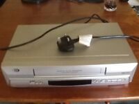 DURABRAND. VHS VIDEO PLAYER & RECORDER.IN VERY GOOD WORKING ORDER. ( USED.