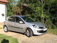 Renault Clio Dynamique 1.4 Petrol, 5 doors, 42,000 miles