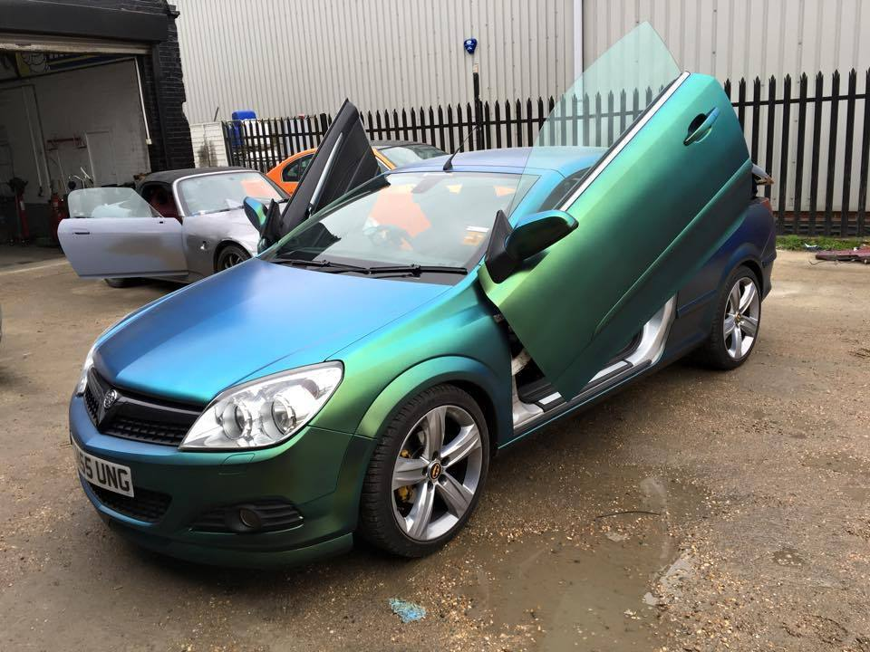 reduced modified vauxhall astra twintop design 1 8 fsh in brighton east sussex gumtree. Black Bedroom Furniture Sets. Home Design Ideas