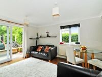 Beautiful 2 Bed FULLY FURNISHED Flat 5 Min Walk From Island Gardens DLR in Canary Wharf E14