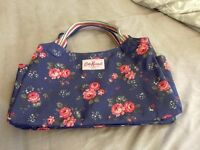 Cath Kidston Zipped handbag - Rose print - GREAT CONDITION, LIKE NEW