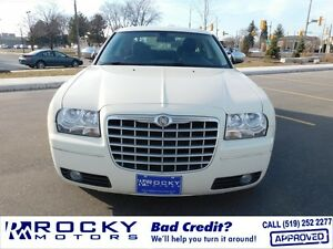2010 Chrysler 300 Touring $14,995 PLUS TAX