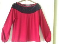 LADIES RED TOP WITH BLACK LACE DETAIL SIZE 12