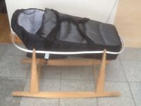 Carrycot and a rocker basket stand-set for £15