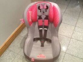 £30- lightweight group 1 car seat for 9mths upto 4yrs(9kg to 18kg)washed and cleaned-easy to use