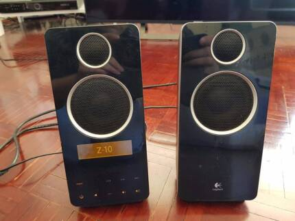 Logitech Z-10 Computer Speakers with LCD and touch control
