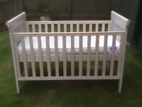 Cot bed converts to junior bed