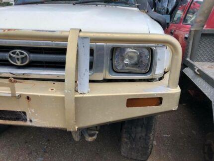Toyota Hilux Steel Bullbar 1993 Solid axel