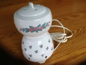 Ceramic electric pot pourri warmer